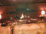 シャトレーヌ 暖炉.JPG