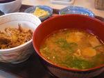すき家 朝食2.JPG